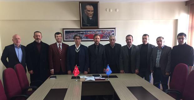 AK Parti'den Türk İş'e ziyaret