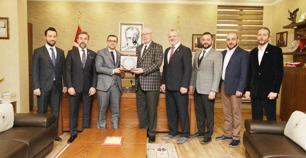 ESGİAD'dan başkan Kurt'a ziyaret