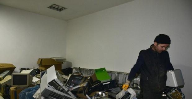 Elektrikli ve elektronik atık çöp değildir