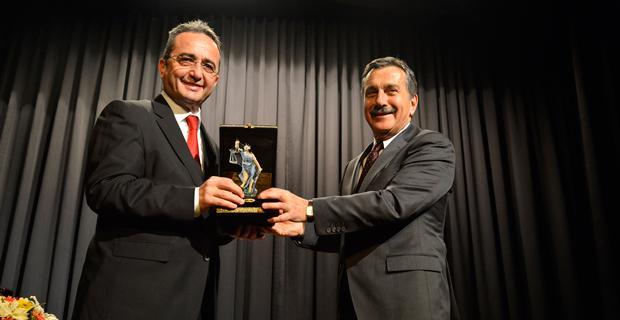 CHP Genel Başkan Yardımcısı Tezcan 'hayır'ı anlattı