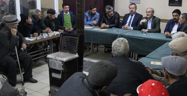 CHP'liler, İnönü'de vatandaşla buluştu