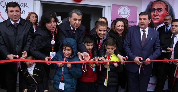 Gülben Ergen Eskişehir'de anaokulu açtı