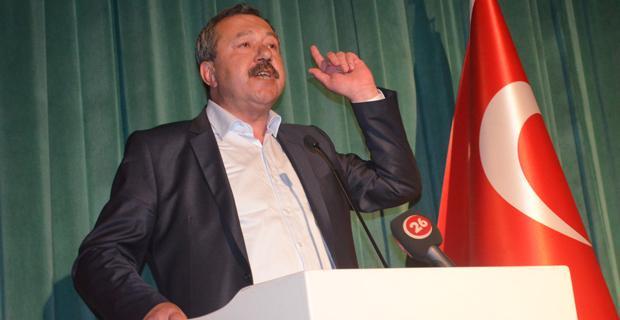 CHP'de korsan miting  ve parti içi tartışması