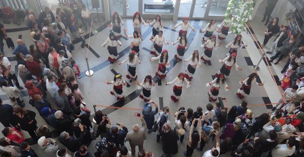 19 Mayıs'a özel dans gösterisi