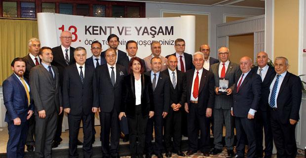 Odunpazarı Belediyesi'ne En Başarılı Tarihsel Dönüşüm ödülü