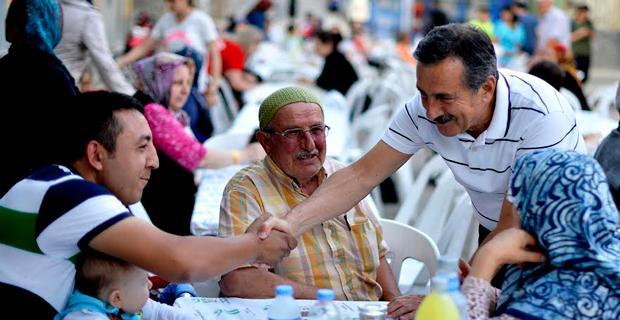 Ramazan, insanı anlama ve paylaşımda bulunma ayıdır