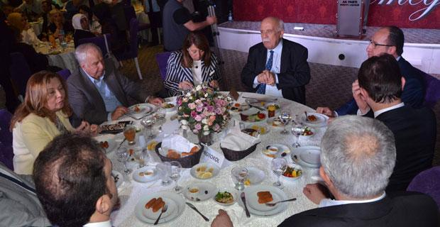 2019'da Eskişehir'i layık olduğu AK Partili belediyeye kavuşturacağı