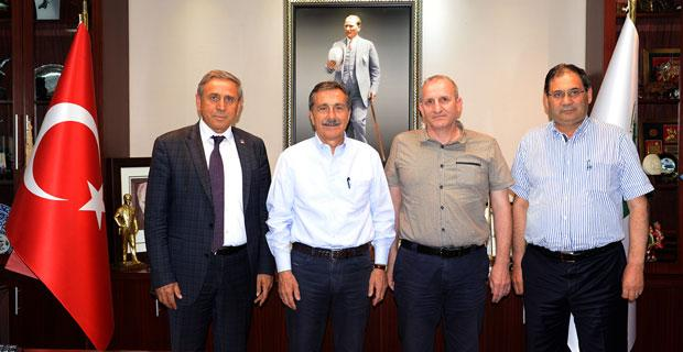CHP PM Üyesi Kaya'dan Başkan Ataç'a ziyaret