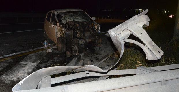 Trafik kazası geçiren ikizleri ölüm ayırdı