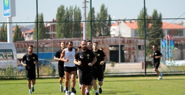 Eskişehirspor'da çalışmalar sürüyor