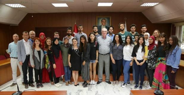AIESEC öğrencilerinden Başkan Kurt'a ziyaret