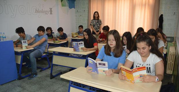 Öğrenciler Yaz'ı Önder'de değerlendiriyor
