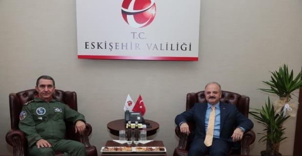 Orgeneral Küçükakyüz, Vali Çakacak'a veda ziyaretinde bulundu