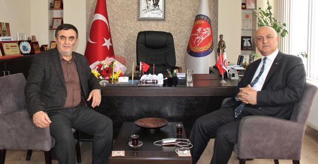Çoruk'tan Başkan Gündoğan'a geçmiş olsun ziyareti