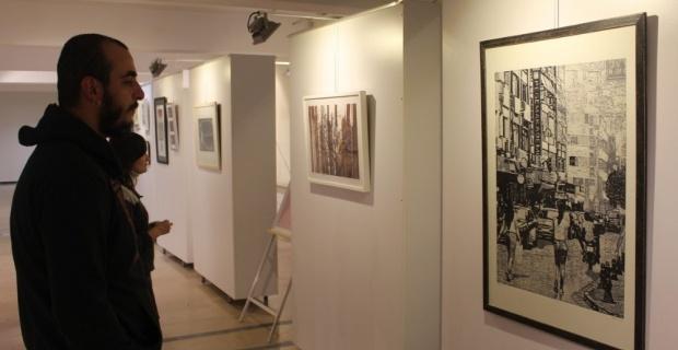 ESOGÜ Sanat ve Tasarım Fakültesi'nde baskı resim sergisi açıldı