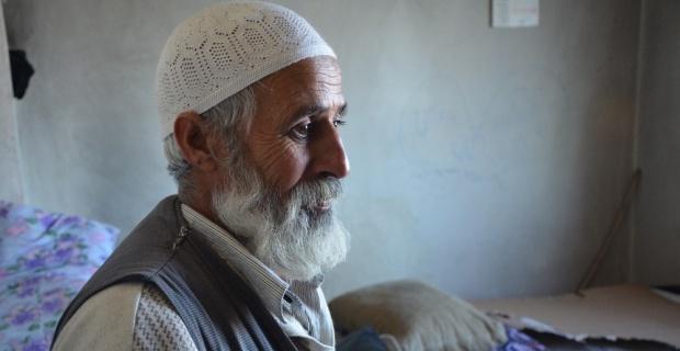 Eşini kaybedince 8 çocuğuna bakan babanın çaresizlik gözyaşları
