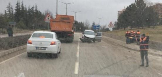 Eskişehir'de trafik kazası; 1 yaralı