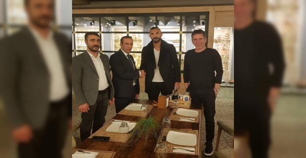 E.Yeni Malatyaspor'da Yalçın Ayhan ile yollar ayrıldı