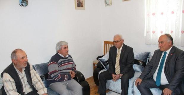 Başkan Şanlı şehit ailelerini ziyaret etti