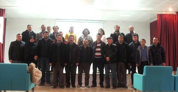 Beyliova'da çiftçilere bilgilendirme toplantısı