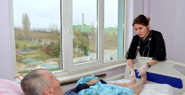 İl Sağlık Müdürlüğünden huzurevi sakinlerine sağlık taraması