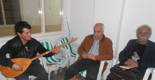 Şairler ve ozanlar Çanakkale şehitlerini şiir ve türkülerle andı