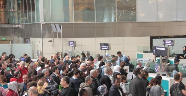 Türkiye'ye gelen yabancılar yüzde 32 arttı