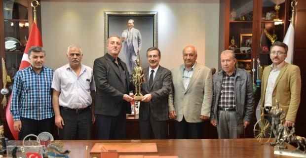 Başkan Ataç Sivrihisarlılar Derneği'ni ağırladı