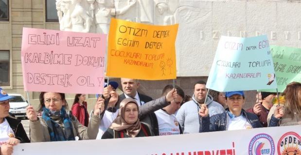 Dünya Otizm Farkındalık Günü'nde Eskişehir'de yürüyüş etkinliği