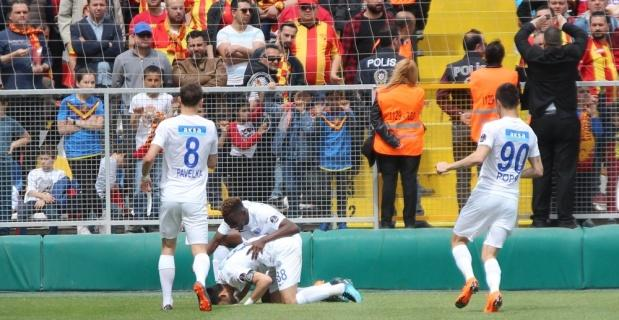 Kasımpaşa İzmir'de güldü