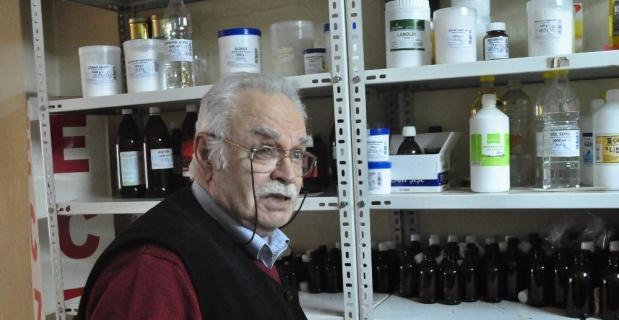 Yarım asırlık eczacıdan özel formüllü ilaçlar