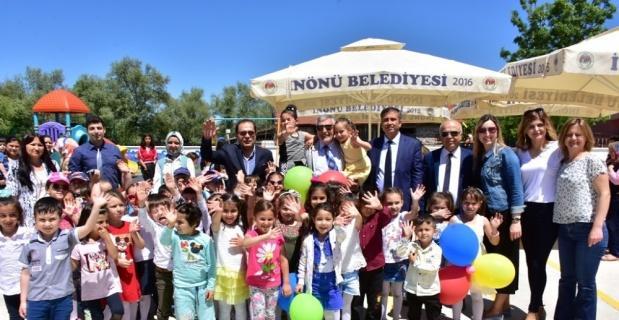 İnönü'de okullar çiçek açtı