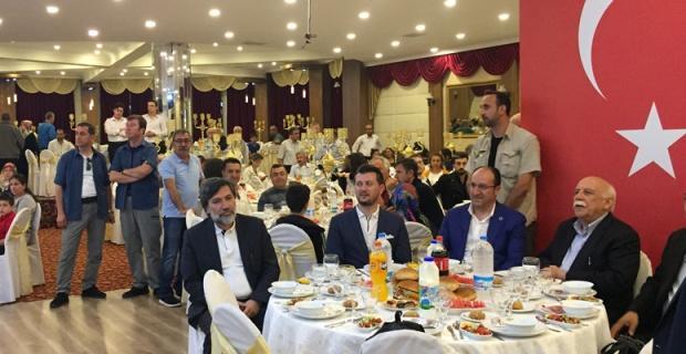 Avcı, iftar programlarına katıldı