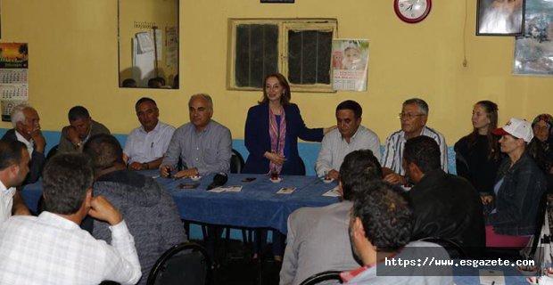 CHP adayları ulaşılmadık nokta bırakmıyor