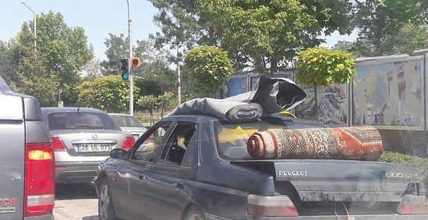 Trafikte şaşkına çeviren görüntü