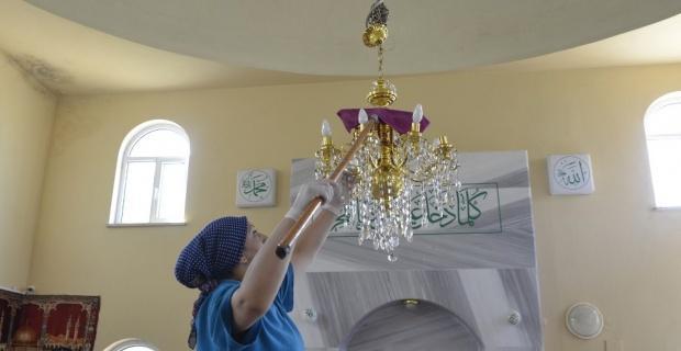 Tepebaşı'ndaki camilerde temizlik var