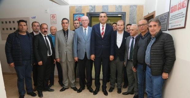 Başkan Kazım Kurt'tan Türk İş'e ziyaret
