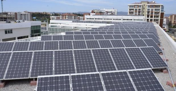 Güneş enerjisi masaya yatırılacak