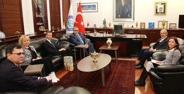Büyükelçi Erkhov, Büyükerşen'i ziyaret etti