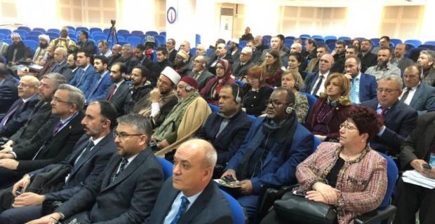 DPÜ'de 'Kültürlerin birleştirici gücü ve üniversitelerin rolü' konulu çalıştay