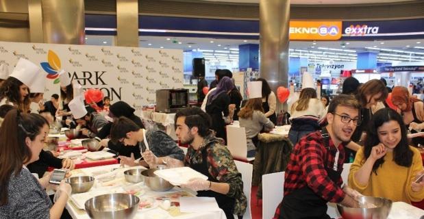 Park Afyon'dan 'Sevgililer Günü' etkinliği