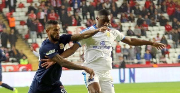 Ankaragücü, Antalyaspor'u 4 golle geçti