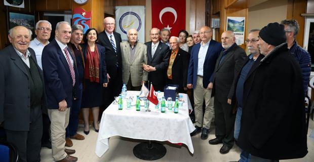 Başkanlar Karadenizliler ile buluştu