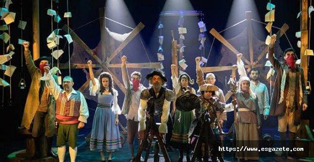 Don Kişot'um Ben/ Tiyatro