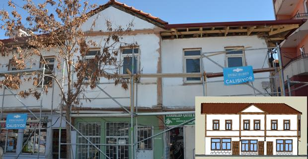 Seyitgazi tarihi evleri günyüzüne çıkıyor