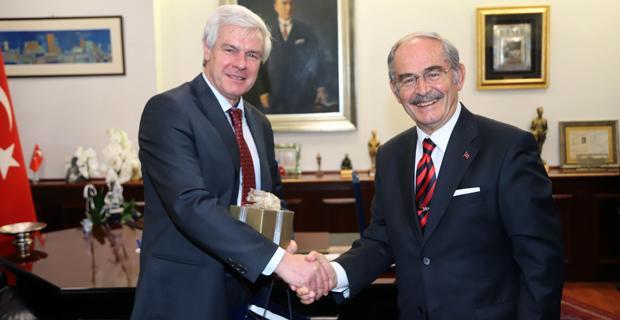 Almanya İstanbul Başkonsolusu'ndan Büyükerşen'e ziyaret