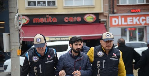Eskişehir'de FETÖ operasyonu, 2 gözaltı