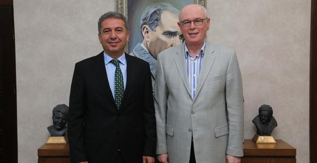Milletvekili Köse'den Başkan Kurt'a ziyaret