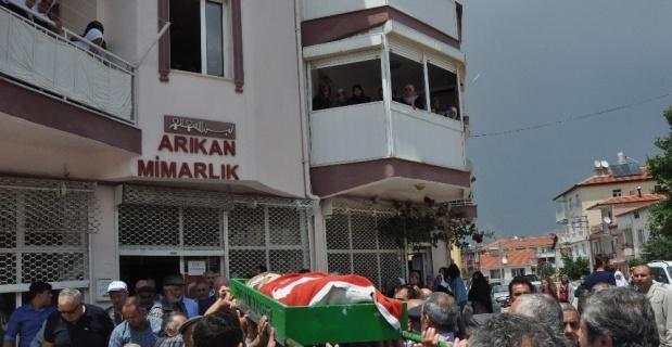 Afyon'daki kaza kurşunu kurbanları toprağa verildi