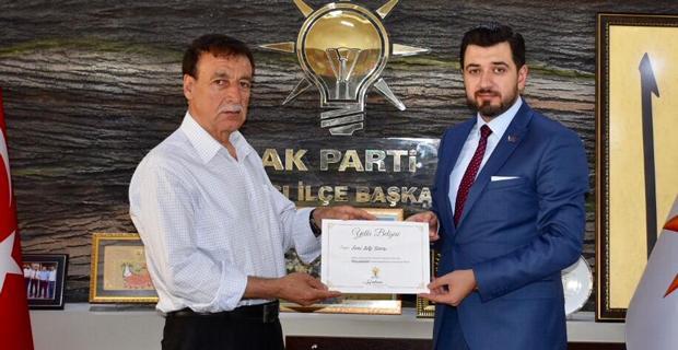 AK Parti Tepebaşı'nda mahalle başkanları atandı
